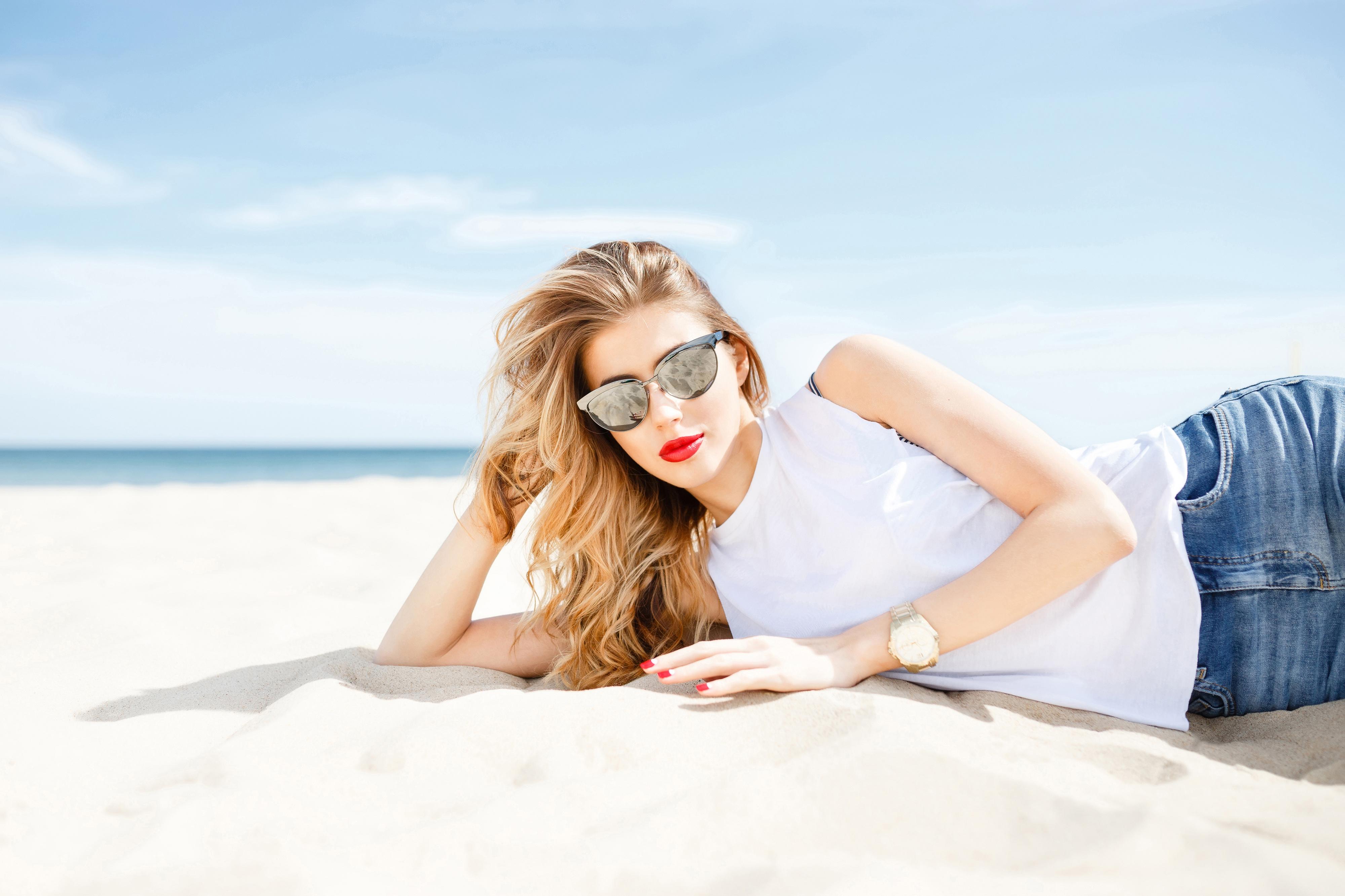 Beachy Waves Hair