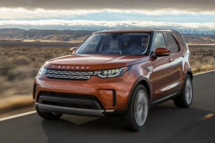 These are the best family cars in South Africa • Land Rover Discovery 2018