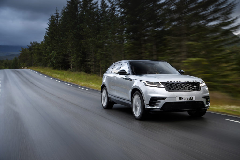 The most popular car colours in South Africa • 2018 Silver Range Rover Velar